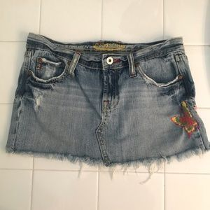 Miss Me destroyed denim skirt size S